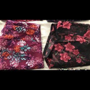 2 pair of lularoe leggings TC, gently worn
